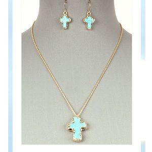 Cross Pendant Necklace Set